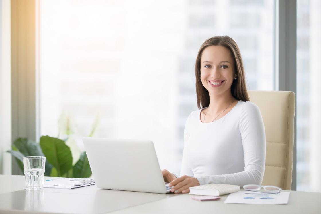 Singkirkan Stres & Penyakit di Ruang Kerja dengan 5 Tips Ini